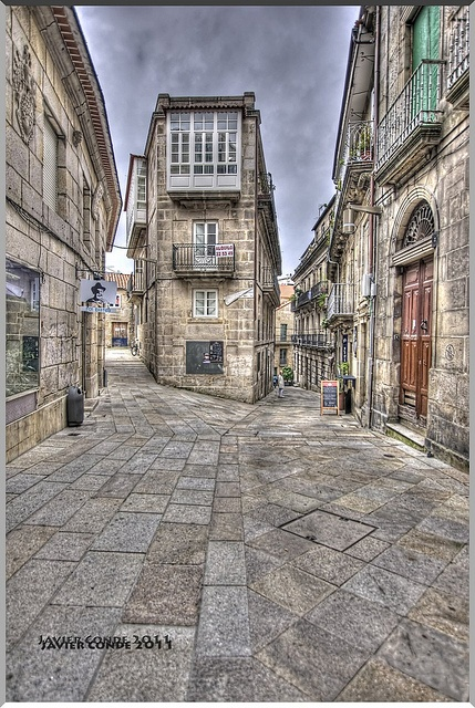 Casco Vello - Vigo (Pontevedra) by La Caja de Lata, via Flickr