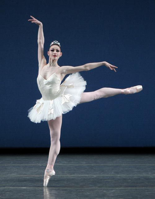 "Sofiane Sylve in ""Symphony in C"".  Photo (c) Paul Kolnik."