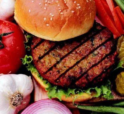 Hambúrguer de Feijão, Castanha de Caju e Aveia | Receita