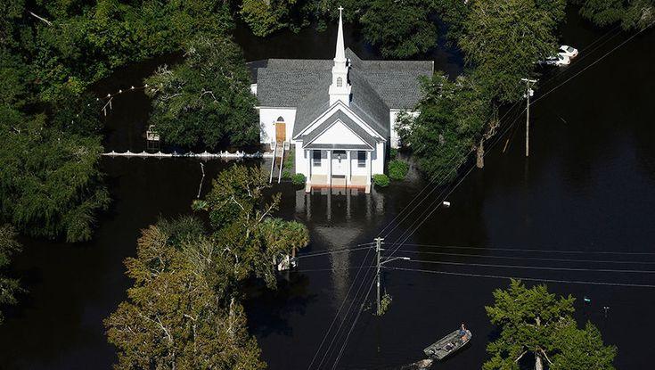 Последствия урагана «Мэттью» http://kleinburd.ru/news/posledstviya-uragana-mettyu/  Число жертв урагана «Мэттью» в США возросло до 33 человек. Еще 3 человека числятся пропавшими без вести. На Гаити, самой бедной стране в Северной и Южной Америке, жертвами стихии стали более тысячи человек. Николс, Южная Каролина, США Жереми, Гаити Пор-Салю, Гаити Ламбертон, Северная Каролина, США Лез-Англе, Гаити Ламбертон, Северная Каролина, США Ламбертон, Северная Каролина, США […]