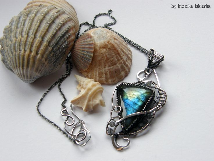 Christina- wire wrapped necklace, pendant, with opalescent labradorite with blue, green, gold flash. Sterling and fine silver. Oxidized/tinted, hammered and polished for old looking vintage effect. Pendant size is about 7,2 x 3,3 cm + sterling silver chain.  100% handmade. Made by Monika Iskierka. https://www.etsy.com/shop/MeaJewelry