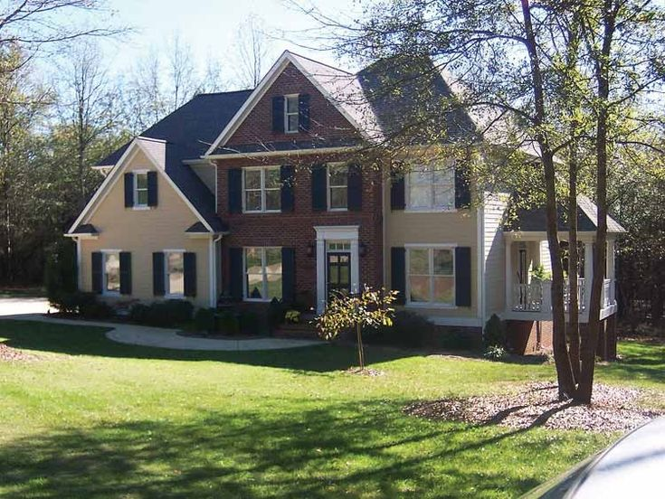 Eplans Colonial Revival House Plan - Welcome Home - 2365 Square Feet and 3 Bedrooms from Eplans - House Plan Code HWEPL02584