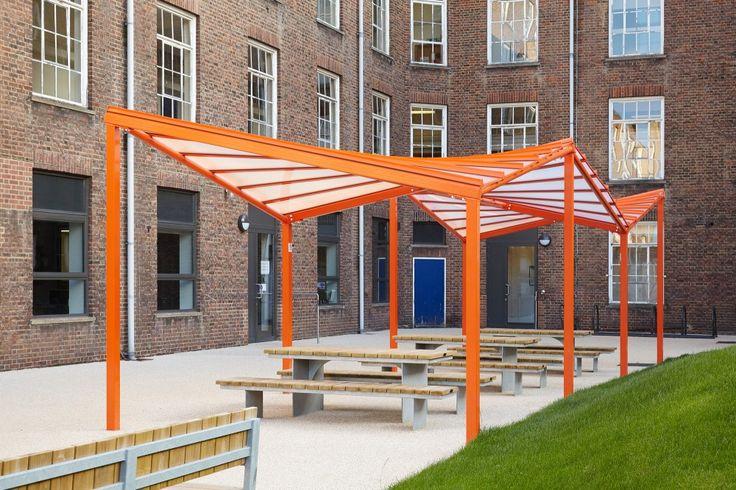 Waltham Forest College / Platform 5 Architects  + Richard Hopkinson Architects