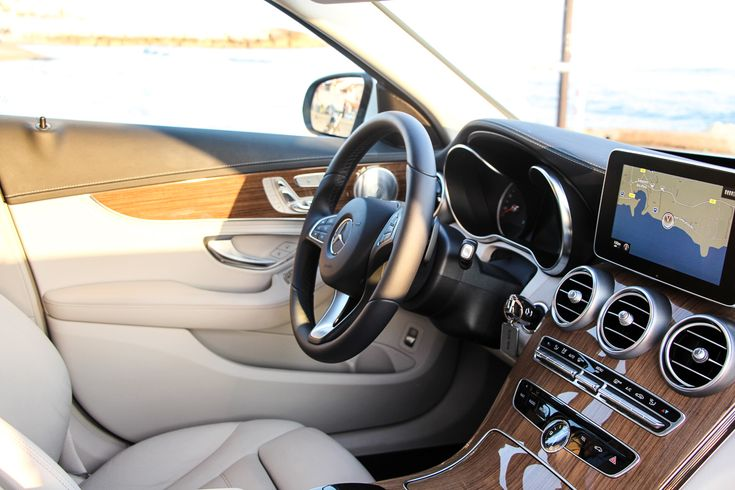 Mercedes-Benz-C-Klasse-C400-4MATIC-2014-13