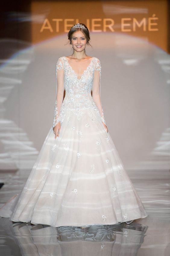 1115 best Vintage Wedding Dresses images on Pinterest Vintage
