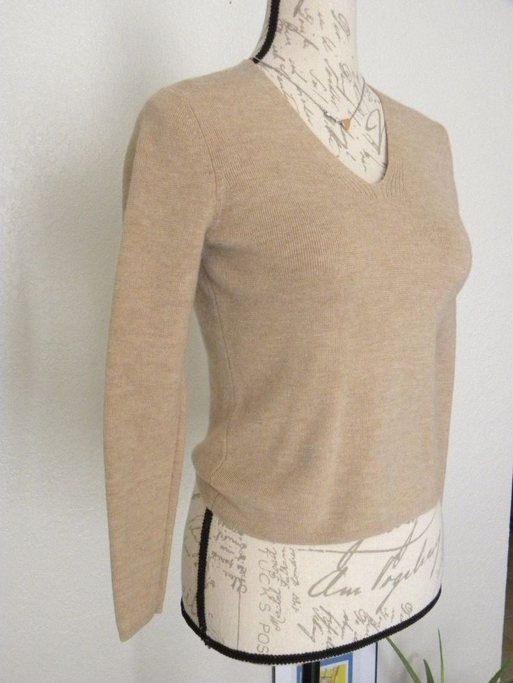 Ann Taylor Italian Merino Wool Sweater Size Small V-neck Long Sleeve Taupe color #AnnTaylor #VNeck