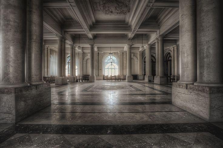"""""""La sala è nostra.....concedimi un ultimo ballo"""" by Giovanni"""