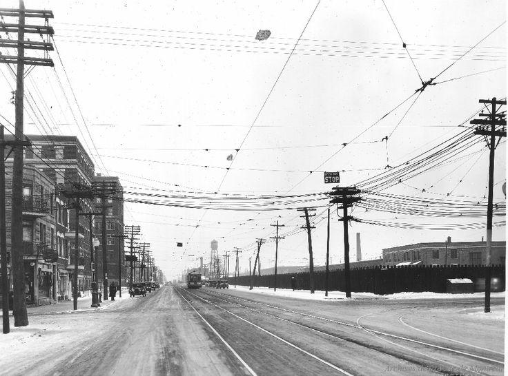 St. Denis at Bellechasse looking South : Before / S.J. Hayward . - [192-?] - Archives de Montréal