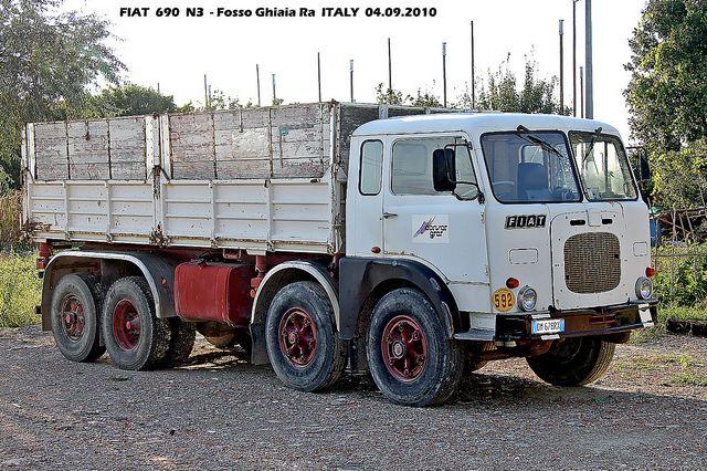 FIAT  690
