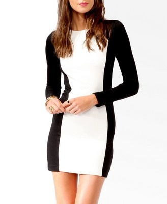 Love this color blocked dress