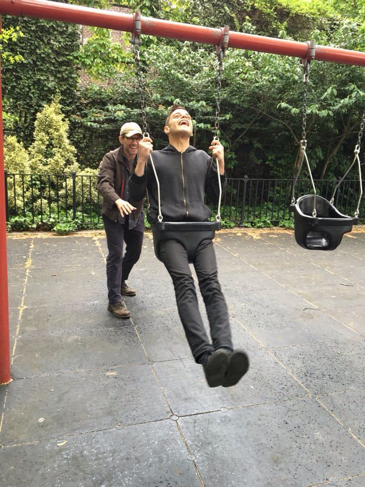 """Mr. Robot: """"Just another lovely father/son moment."""" Rami Malek and Christian Slater. (photo via Rami's Twitter)"""