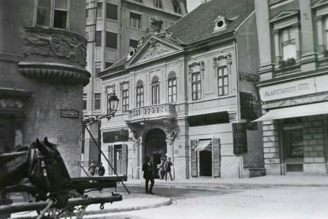 1912. A Százéves étterem