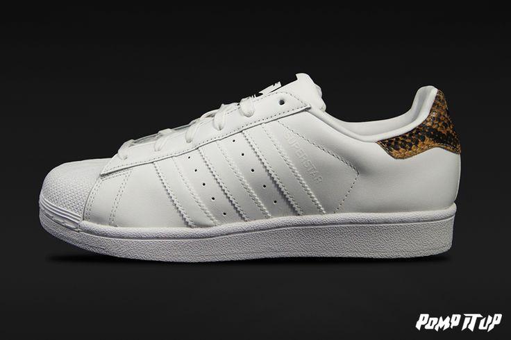 Adidas Superstar W (FTWWHT/FTWWHT/CBLACK) For Women Sizes: 36 to 41.5 EUR Price: CHF 130.- #Adidas #Superstar #AdidasSuperstarW #SneakersAddict #PompItUp #PompItUpShop #PompItUpCommunity #Switzerland
