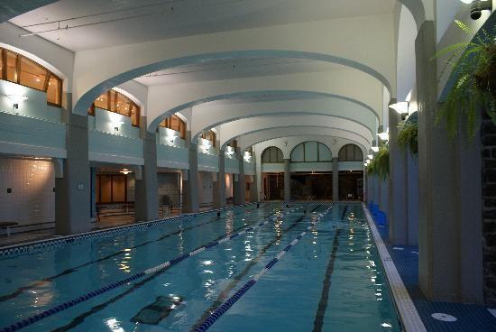 Fairmont Banff Springs-(50 meters)Best indoor hotel lap pool!