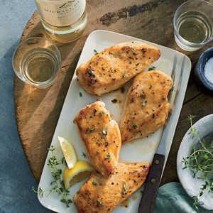 how to cook boneless skinless chicken thighs in a pan