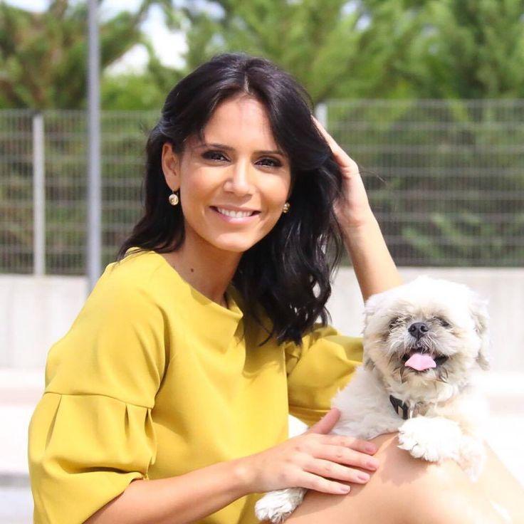 Olivia Ortiz com crop top She by Micaela Oliveira  #shebymicaelaoliveira #oliviaortiz