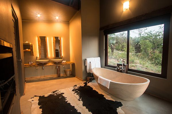 Exclusive African Lodges