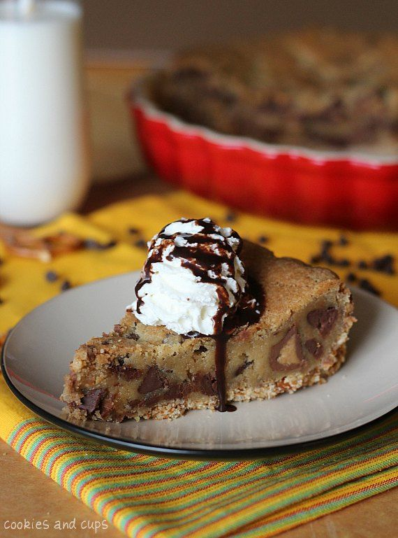 Pretzel Crusted Peanut Butter Cup Blondie Pie