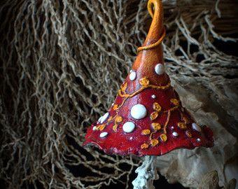 Rustikale Blutorange mit Herbst Blätter mit Rosen Dornen Fee Garten Fantasie Pilz, Polymer Ton Giftpilz Home Dekor, Fairy Garden