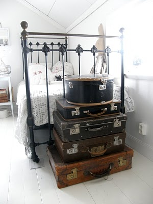 I love vintage and hate modern toys. This looks a great way to incorporate what I love into the kids room. vintage suitcases