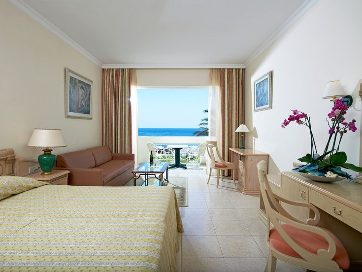 Family Room Sea View located in a separate building adjacent to the beach, this is the ideal solution for those seeking a spacious room facing the sea