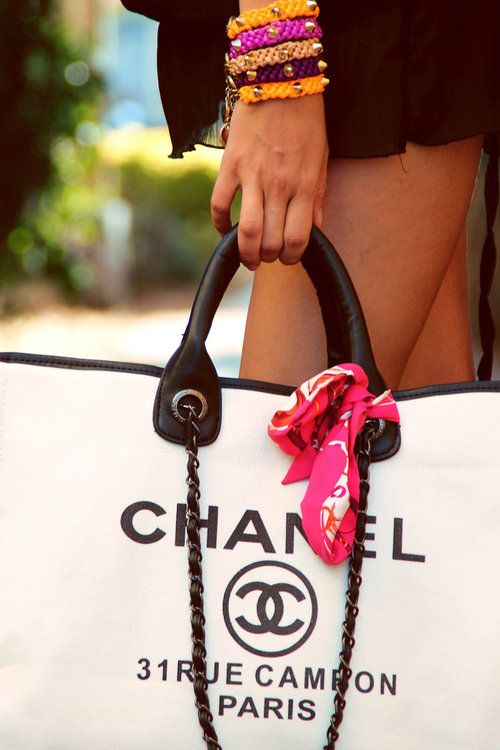 Chanel to the beach!