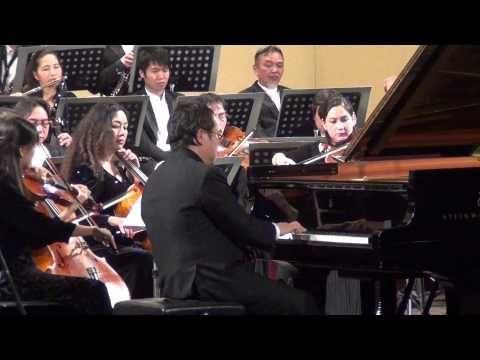 (2) Ludwig van Beethoven: Piano Concerto No.3, Op.37 - YouTube