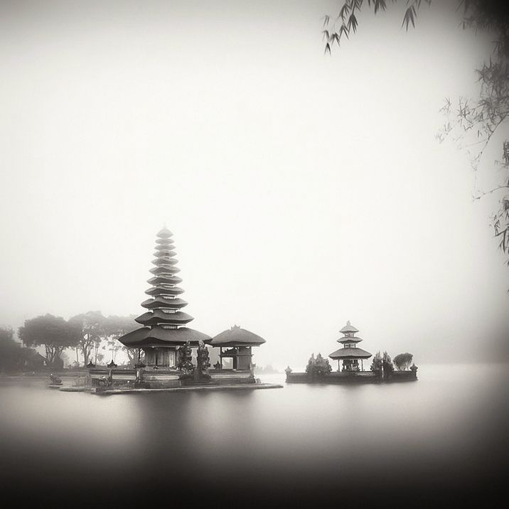 Here you will find a selection of elegant and meditative photographs depicting the beauty of Asia – a stormy ocean, wet jungles and ancient temples.  About the Author: Hengki Koentzhoro (Hengki Koentjoro) was born in 1963 in Semarang, Indonesia. He was educated at the Institute of photos Brooks in Santa Barbara, California. He currently lives in Jakarta. Shoots landscapes and ocean views.