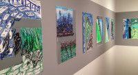 Le Niçois Joseph Dadoune pratique le dessin de manière quotidienne, obsessionnelle. Représentant des plantes déracinées, des paysages désertiques, des maisons sans fenêtre, ces dessins constituent le panorama subjectif d'un artiste parti aux portes du désert du Néguev. Cette série de cinquante dessins montre, à grands traits nerveux, la frontière entre Israël et la Palestine. Barrière protectrice (2014) de Joseph Dadoune, présentée à l'Hôtel des Arts, 2016 (©Guy Boyer).