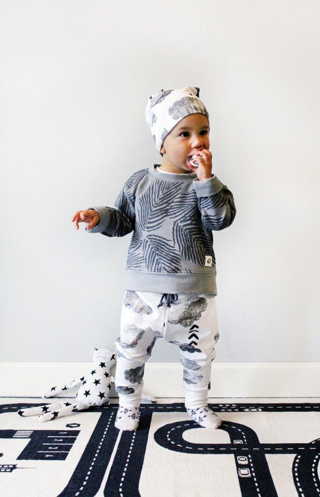 Ciepłe spodnie dziecięce baggy POCO CLOUDS - POCOPATO - Spodnie dla dzieci