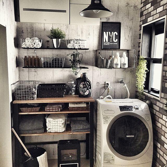 女性で、Otherの魅せる収納/NYスタイル/インダストリアル/自作ポスター/男前/DIY…などについてのインテリア実例を紹介。「さてお洗濯╭( ′ꈊੁ‵ )و ̑̑」(この写真は 2015-03-14 09:24:53 に共有されました)