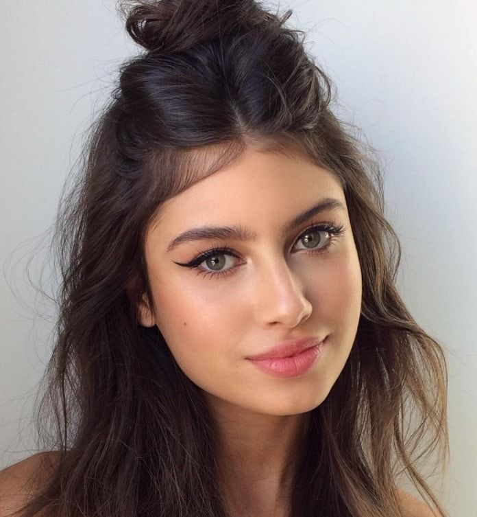Hairstyles For Greasy Hair 13 Gorgeous Ways To Disguise Oily Roots All Things Hair Uk Greasy Hair Hairstyles Easy Hairstyles For Long Hair Easy Hairstyles