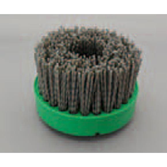 ミヤキ グリーンブラシ【特長】■粗めの研磨剤を使用していますが基材にキズをつけにくい柔軟性のあるブラシです。■水を流しながら研磨するだけで、軽度な水アカ・エフロ・温泉スケール等の汚れを除去します。■汚…