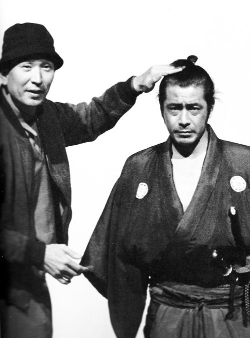 "alpinemastiff:  Akira Kurosawa and Toshiro Mifune on the set of ""Yôjinbô / Yojimbo"" (1961)"