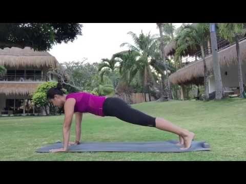 Clase de yoga online con Xuan-Lan para para practicar chaturanga dandasana, desarrollando core y fuerza de brazos