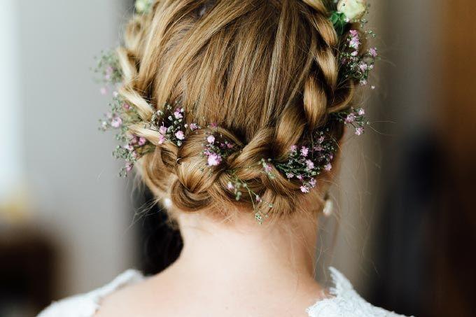 #Braut #bridal #Haare #Frisur #Hair #Hochzeit #wedding - Das tolle Foto wurde gemacht von Thomas Sasse: www.thomassasse.com