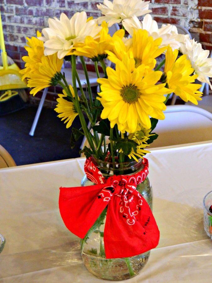 Bandana Table Decorating Ideas — mason jar daisies with bandana tie
