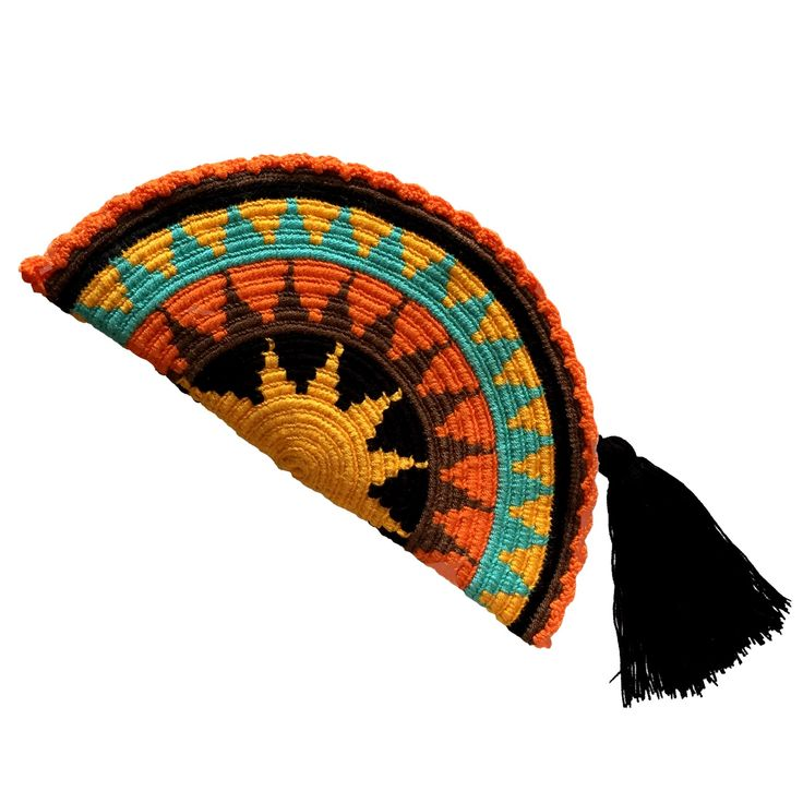 $40.00 Wayuu Clutch. Handmade and Fair Trade Wayuu Clutches – LOMBIA & CO. | www.LombiaAndCo.com