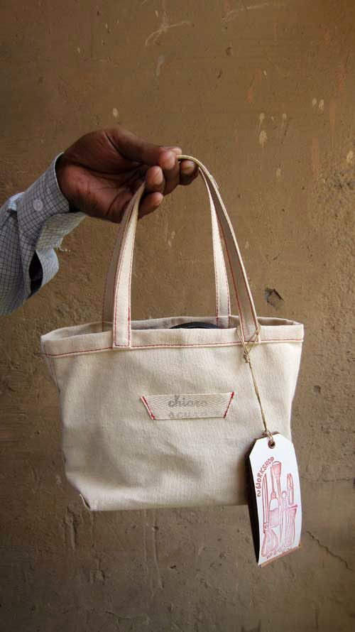 Bordeaux Ellie, Chiaroscuro, India, Pure Leather, Handbag, Bag, Workshop Made, Leather, Bags, Handmade, Artisanal, Leather Work, Leather Workshop, Fashion, Women's Fashion, Women's Accessories, Accessories, Handcrafted, Made In India, Chiaroscuro Bags - 16