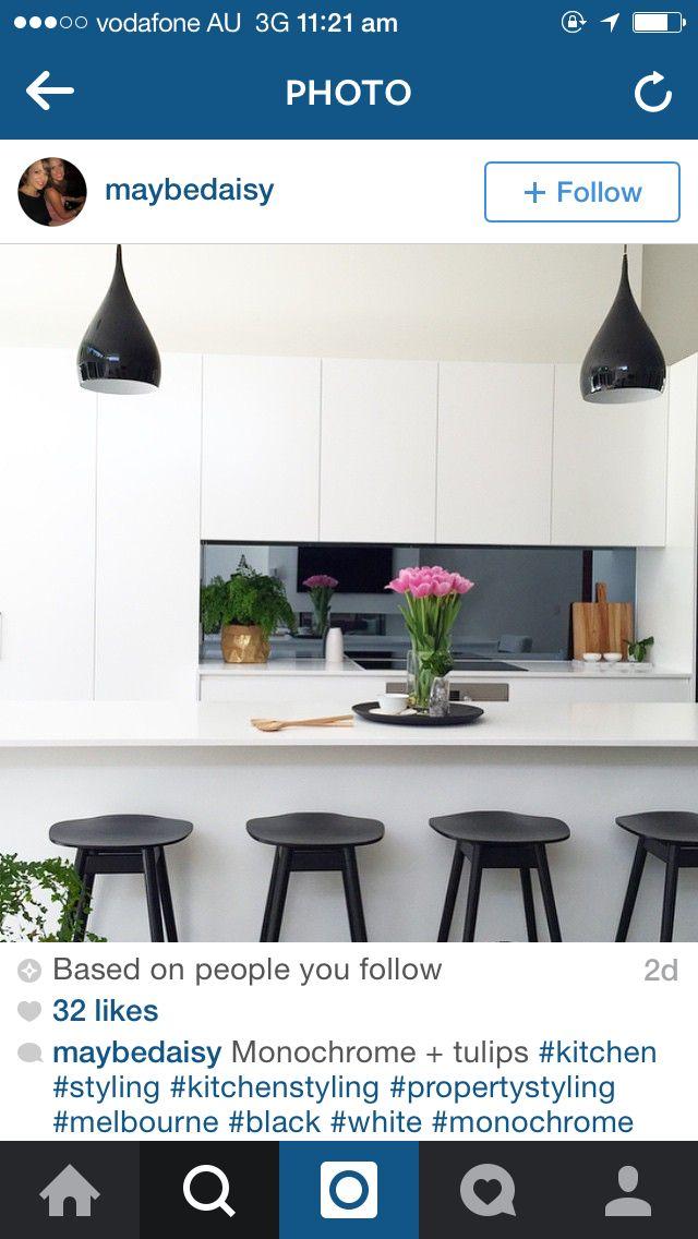 Simple monochrome kitchen