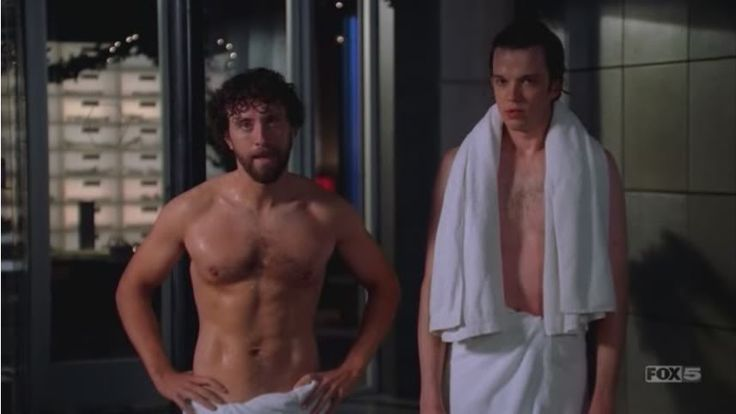mmm hodgins...who knew all that was under that lab coat!