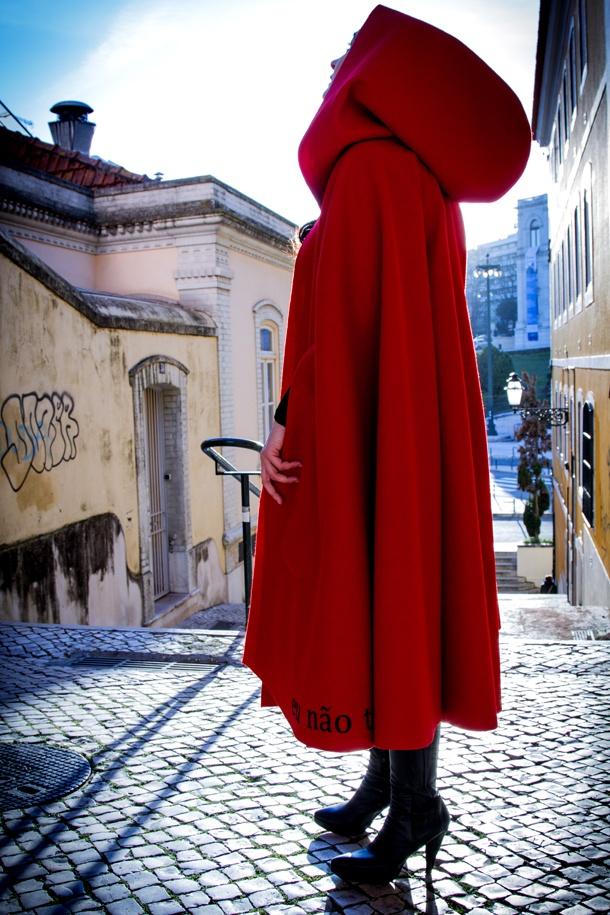 Red Cape <3 love love love  Manifesto Portugal Eu não tenho Medo 19 © Artur Lourenço