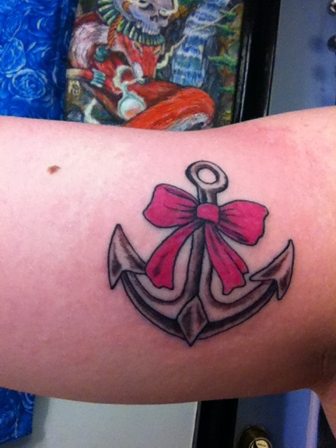 Another anchor bow tattoo. Love it!