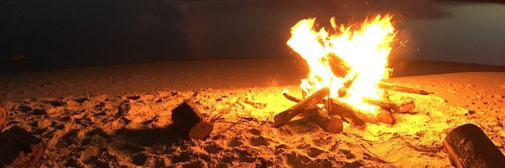 Light up a fire on a Florida beach in these 3 places where bonfires are allowed.