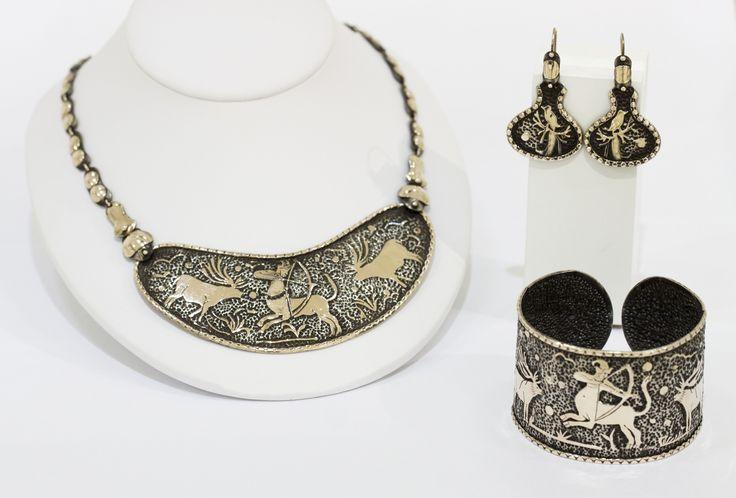 Centurion collection designed by Kalfin Jewellery... #kalfinjewellery #Kalfin #diamonds #designerjewellery #design #detail #style #love #lovely #gold #creative #diamondrings #cuff #earrings #necklace #diamondrings #engagementrings #melbournejewellery #cbdjeweller #fashion #fashionblogger #stylish #styleblogger #unique #picoftheday #bestphoto #fashionstreet #love #kalfin