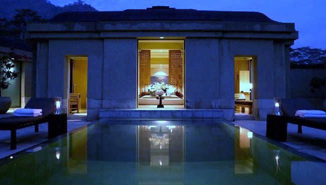 Amanjiwo-Indian Ocean-Magelang:6 star hotels
