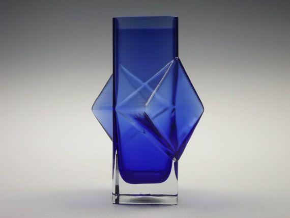 Riihimaki 'Pablo' blue glass vase by Erkkitapio Siiroinen