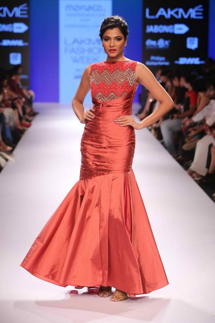 Lakmé Fashion Week – MONACO TOURISM PRESENTS NARENDRA KUMAR AT LFW WF 2015