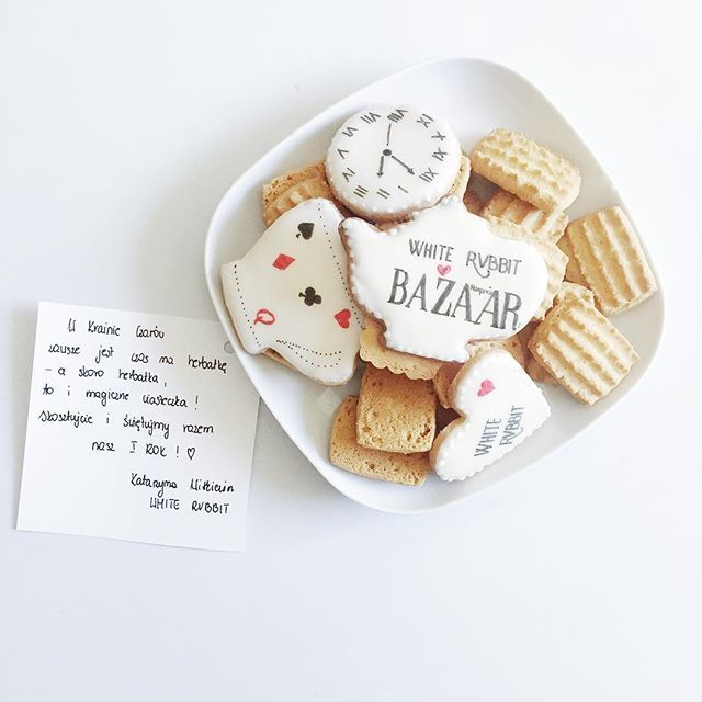 Dziękujemy @wrv.whitervbbit za słodką przesyłkę i życzymy wszystkiego dobrego z okazji pierwszych urodzin! Uwielbiamy takie poniedziałki #cookies #sweets #harpersbazaar #harpersbazaarpolska  via HARPER'S BAZAAR POLAND MAGAZINE OFFICIAL INSTAGRAM - Fashion Campaigns  Haute Couture  Advertising  Editorial Photography  Magazine Cover Designs  Supermodels  Runway Models