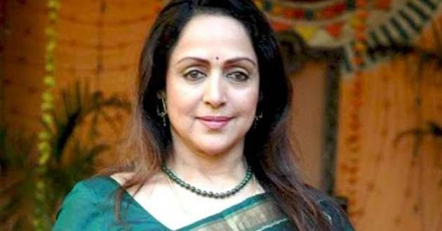 Hema Malini wields broom, launches clean water service  , http://bostondesiconnection.com/hema-malini-wields-broom-launches-clean-water-service/,  #HemaMaliniwieldsbroom #launchescleanwaterservice